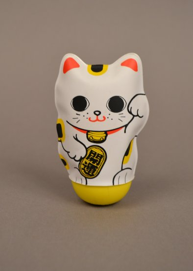AB 91-2 Inflatable Manekineko (front)