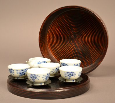 AB 782.14 Tea Set & AB 782.15 Bamboo Container